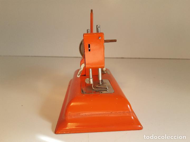 Antigüedades: Maquina de coser, Alemania, años 50/60 - Foto 2 - 184298562