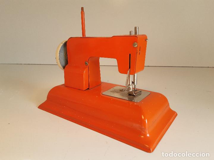 Antigüedades: Maquina de coser, Alemania, años 50/60 - Foto 3 - 184298562