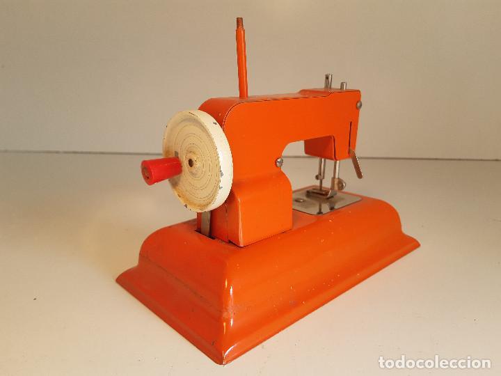 Antigüedades: Maquina de coser, Alemania, años 50/60 - Foto 4 - 184298562