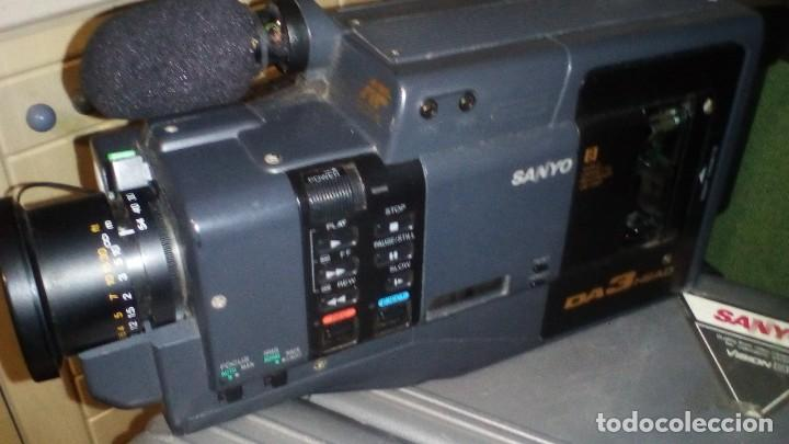 Antigüedades: CAMARA DE VIDEO SUPER 8 mm CON MALETA CARGADOR, ADAPTADOR TV Y 2 BATERIAS - Foto 3 - 184409942