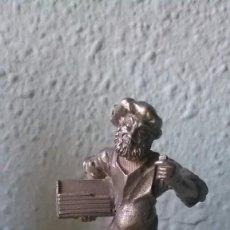 Antigüedades: FIGURA IMPRESOR GUTEMBERG. Lote 184446073