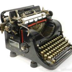 Antigüedades: MAQUINA DE ESCRIBIR AEG OLYMPIA Nº7 AÑO 1930 TYPEWRITER SCREIBMASCHINE. Lote 184524585