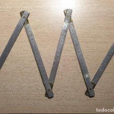 Antigüedades: ANTIGUO METRO ARTICULADO DE ALUMINIO. Lote 184572557
