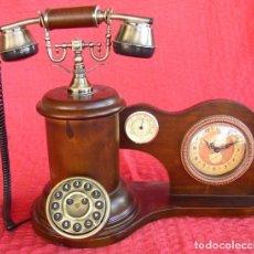 Teléfonos: TELÉFONO DE ÉPOCA. 40X35X25CM. Lote 184582031