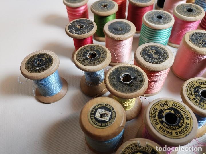 Antigüedades: Lote 49 Antiguos Carretes Madera Carrete Bobina Hilo Coser y Bordar Fabra y Coats Y OTROS - Foto 18 - 184654873