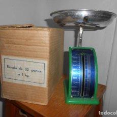 Antigüedades: BERNAR -BASCULA DE COCINA DE 20GRS A 1 KG. Lote 184704995