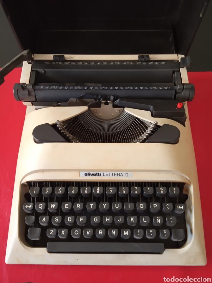 MAQUINA DE ESCRIBIR OLIVETTI LETTERA 10 CON FUNDA (Antigüedades - Técnicas - Máquinas de Escribir Antiguas - Olivetti)