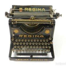 Oggetti Antichi: MAQUINA DE ESCRIBIR REGINA MODEL VII AÑO 1923 TYPEWRITER SCHREIBMACHINE. Lote 173848638