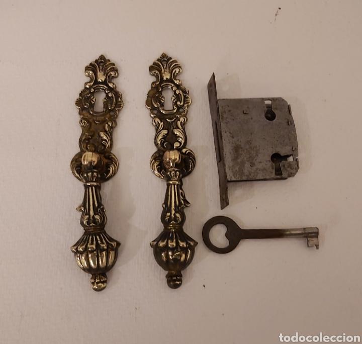 BOCALLAVES Y CERRADURA (Antigüedades - Técnicas - Cerrajería y Forja - Cerraduras Antiguas)