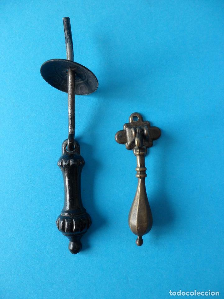 ANTIGUOS TIRADORES DE PUERTA, CAJONES O ARMARIO (Antigüedades - Técnicas - Cerrajería y Forja - Tiradores Antiguos)