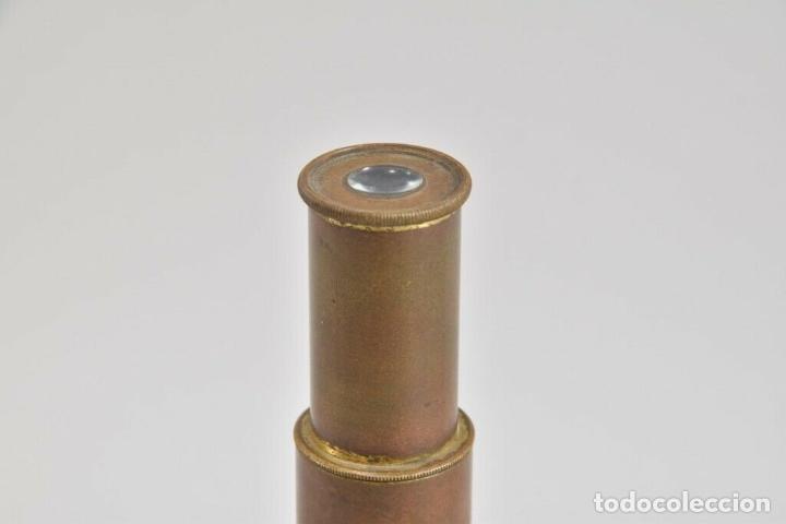 Antigüedades: ANTIGUO Y MAGNIFICO MICROSCOPIO LATON PORTATIL DE CAMPO EN CAJA PERFECTO 20 ,8 CM. CAJA ORIGINAL 350 - Foto 5 - 185744315
