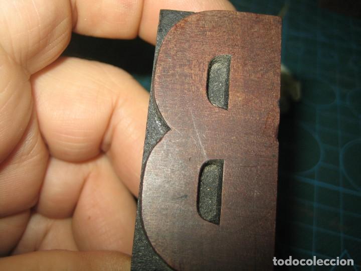 Antigüedades: IMPRENTA LETRA DE MADERA MUY ANTIGUA - LETRA B - Foto 2 - 185957047
