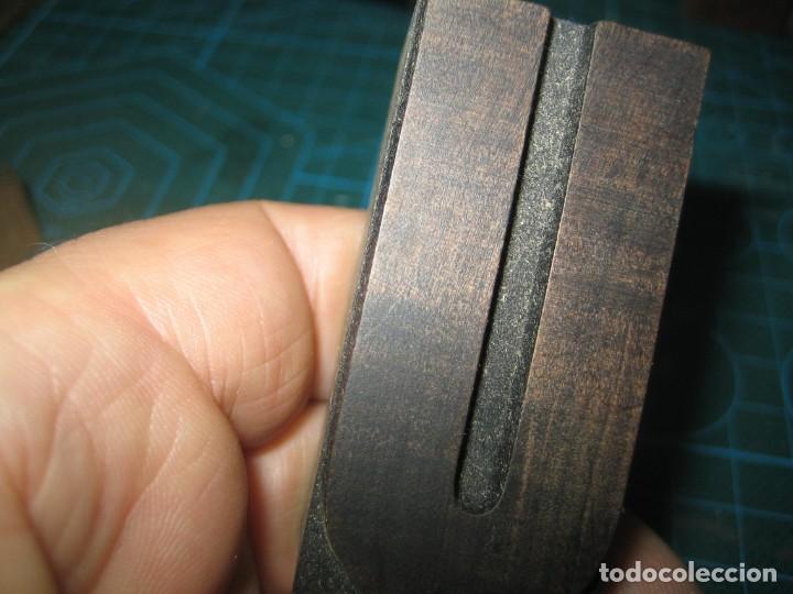 Antigüedades: IMPRENTA LETRA DE MADERA MUY ANTIGUA - LETRA U - Foto 3 - 185957350