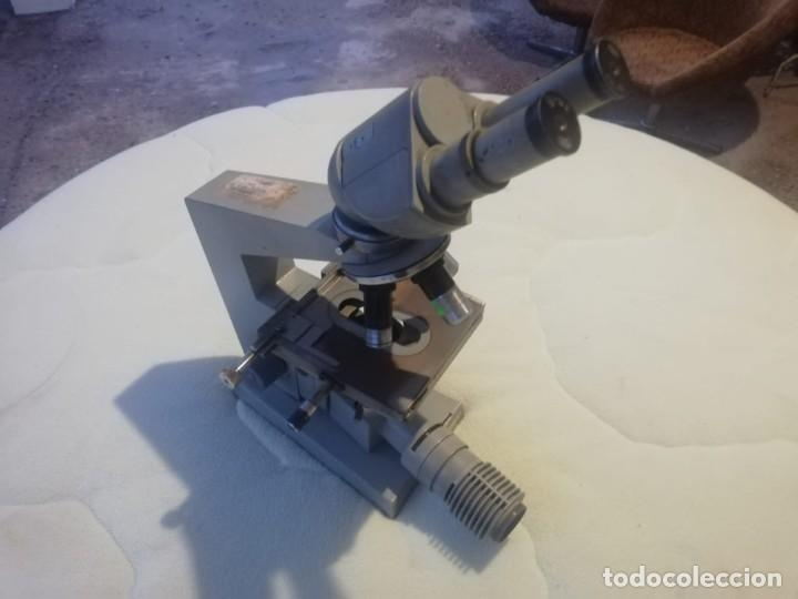 MICROSPOPIO CARL ZEISS ALEMANIA AÑOS 70 (Antigüedades - Técnicas - Instrumentos Ópticos - Microscopios Antiguos)
