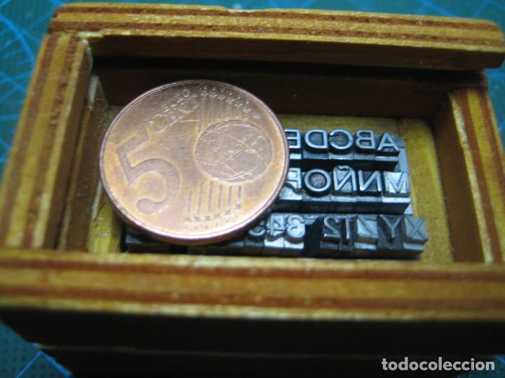 Antigüedades: IMPRENTA - LETRAS DE PLOMO - MINI CAJA 10 A - ABECEDARIO Y NUMEROS - Foto 9 - 186082536