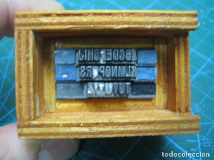 Antigüedades: IMPRENTA - LETRAS DE PLOMO - MINI CAJA 12 R - ABECEDARIO - Foto 7 - 186082753