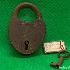 Antigüedades: ANTIGUO CANDADO DE FORJA. Lote 186125135