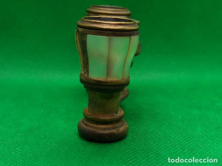 Antigüedades: BINOCULARES DE OPERA O TEATRO DE NACAR Y BRONCE - Foto 2 - 186126748