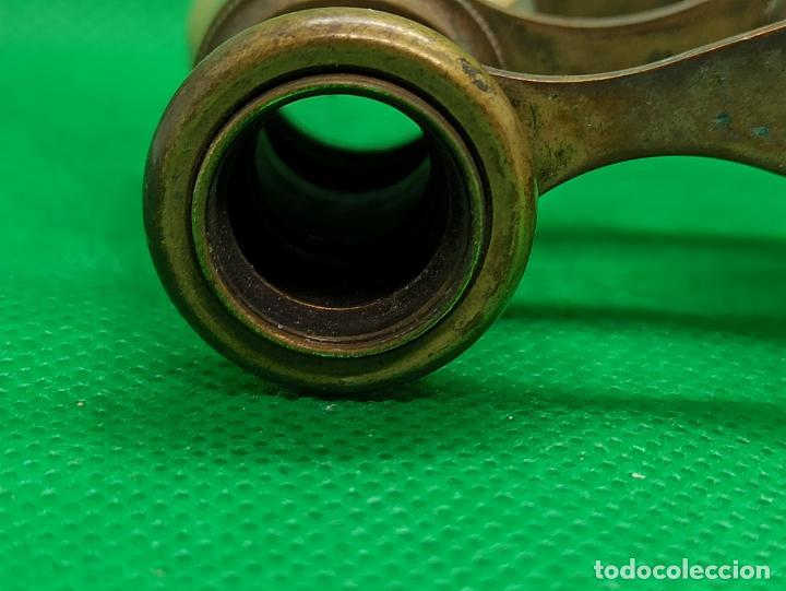 Antigüedades: BINOCULARES DE OPERA O TEATRO DE NACAR Y BRONCE - Foto 7 - 186126748
