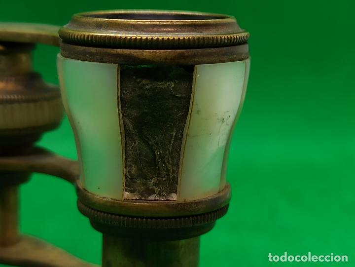 Antigüedades: BINOCULARES DE OPERA O TEATRO DE NACAR Y BRONCE - Foto 8 - 186126748