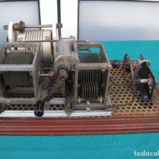 Antigüedades: APARATO ELECTRÓNICO DE LABORATORIO. Lote 186179993