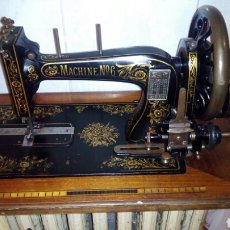 Antigüedades: ANTIGUA MAQUINA DE COSER, MACHINE N° 6. Lote 186243133
