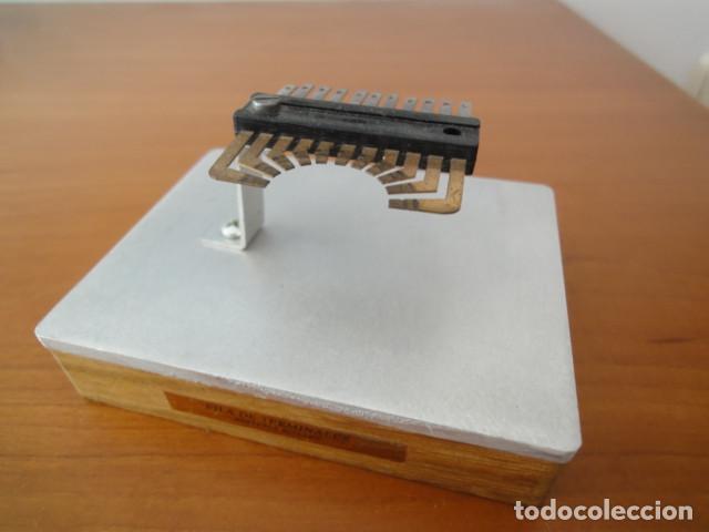 Antigüedades: Antigua Fila de Terminales. Sistema Rotary. Montado para exposición. Telefónica. CTNE - Foto 6 - 186250430