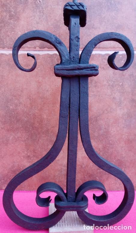 ALDABA DE FORJA S. XVIII. GRAN TAMAÑO.- 33 CMS LONGUITUD. PROCEDE DE CASA SOLARIEGA DE CÓRDOBA. (Antigüedades - Técnicas - Cerrajería y Forja - Aldabas Antiguas)