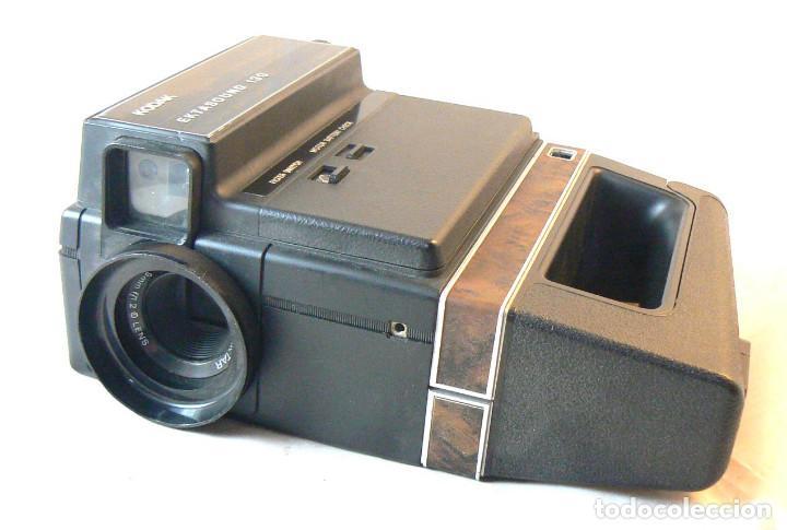 Antigüedades: Antigua cámara tomavistas de cine Super 8 sonora Kodak Ektasound 130 - Foto 2 - 186348062