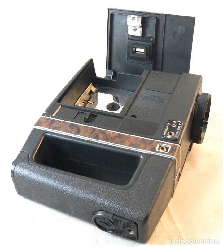 Antigüedades: Antigua cámara tomavistas de cine Super 8 sonora Kodak Ektasound 130 - Foto 5 - 186348062