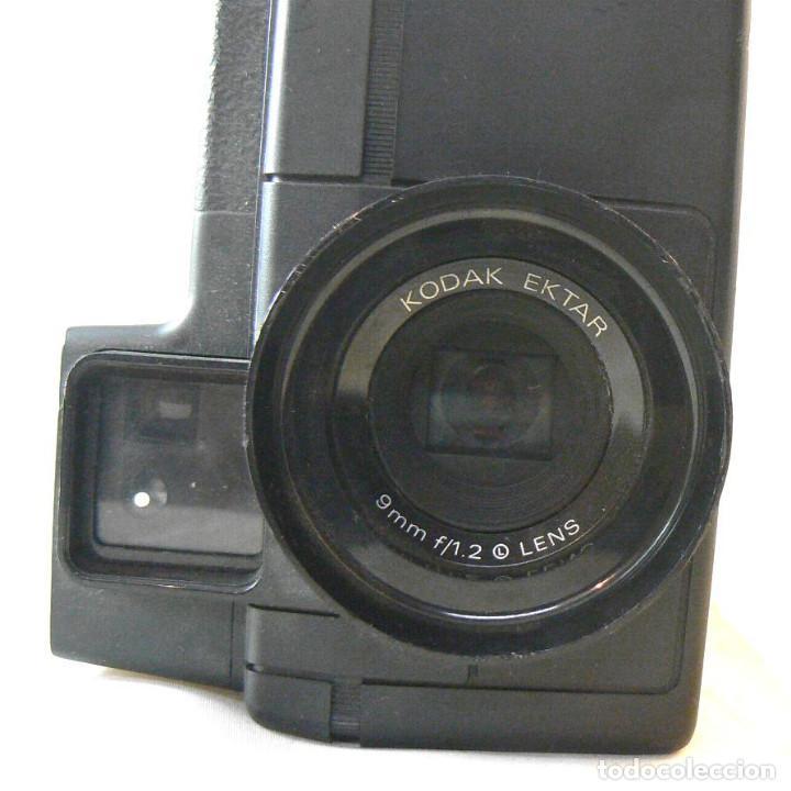 Antigüedades: Antigua cámara tomavistas de cine Super 8 sonora Kodak Ektasound 130 - Foto 9 - 186348062