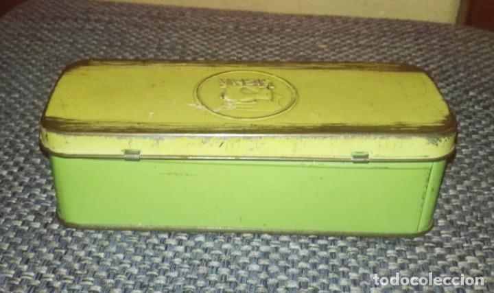 Antigüedades: Maquina de Coser Sigma Años 50 con Pie de Hierro y Caja Metal - Foto 9 - 186453092