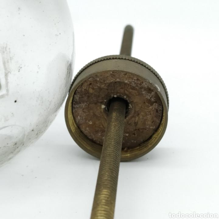 Antigüedades: Antiguo engrasador francés de principios del siglo XX - Muy escaso. Rareza. Fabricado en París. - Foto 4 - 187087740
