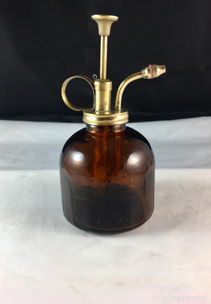 Antigüedades: Antigua aceitera de vidrio y bronce restaurada -funciona -(19353) - Foto 2 - 187184413