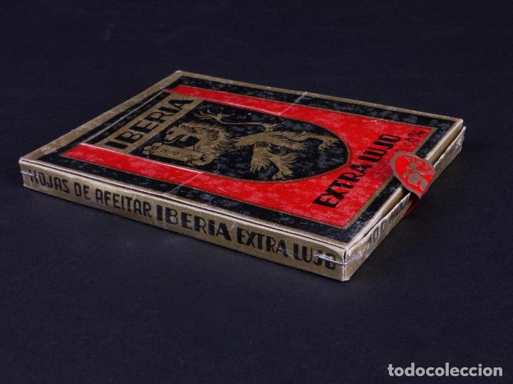 Antigüedades: IBERIA EXTRA LUJO. PACK CON 10 CAJETILLAS DE 10 HOJAS DE AFEITAR CADA UNA - Foto 2 - 187292393