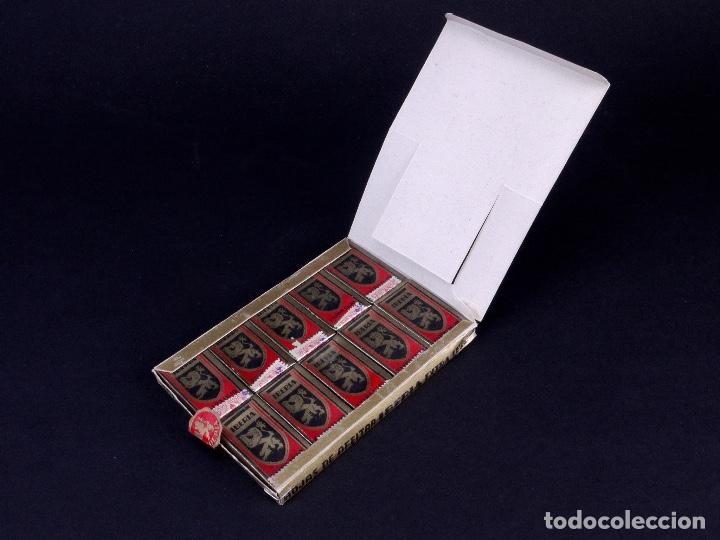 Antigüedades: IBERIA EXTRA LUJO. PACK CON 10 CAJETILLAS DE 10 HOJAS DE AFEITAR CADA UNA - Foto 3 - 187292393