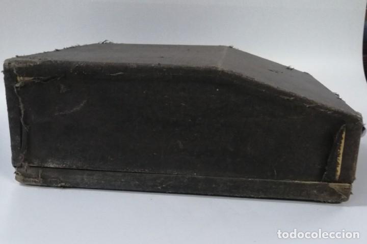 Antigüedades: MÁQUINA DE ESCRIBIR HISPANO - OLIVETTI STUDIO 46 - Foto 11 - 187377802