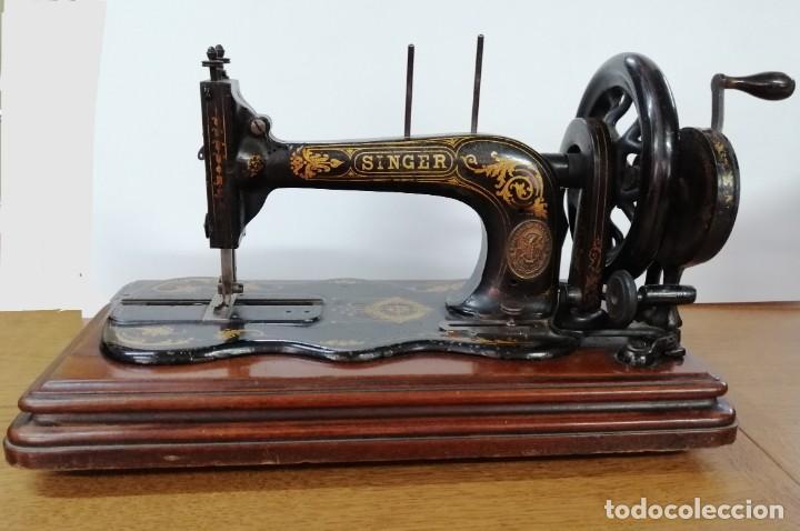 MÁQUINA DE COSER SINGER, BASE VIOLIN, 1887 (Antigüedades - Técnicas - Máquinas de Coser Antiguas - Singer)