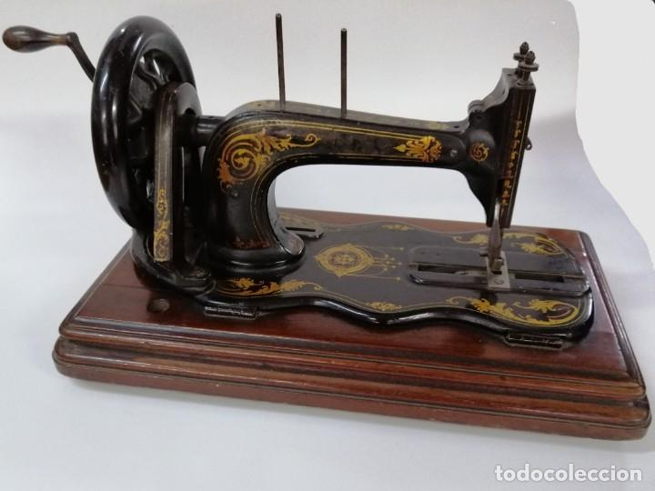 Antigüedades: MÁQUINA DE COSER SINGER, BASE VIOLIN, 1887 - Foto 4 - 187386243
