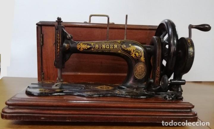 Antigüedades: MÁQUINA DE COSER SINGER, BASE VIOLIN, 1887 - Foto 5 - 187386243