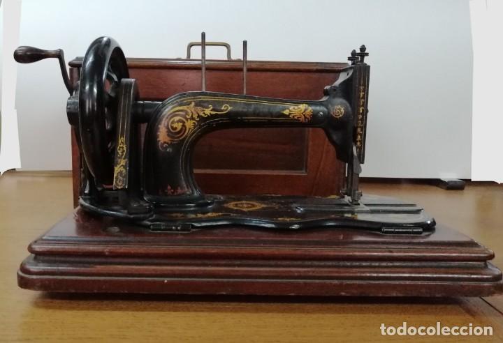 Antigüedades: MÁQUINA DE COSER SINGER, BASE VIOLIN, 1887 - Foto 6 - 187386243