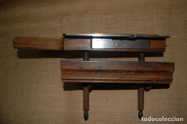Antigüedades: Cepillo acanalador de carpintero. Juan Budoy. - Foto 7 - 187459856