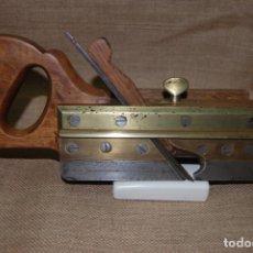 Antigüedades: CEPILLO ACANALADOR DE CARPINTERO. JUAN BUDOY.. Lote 187459856
