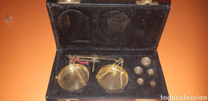 BALANZA EN SU ESTUCHE, AÑOS 60 (Antigüedades - Técnicas - Medidas de Peso - Balanzas Antiguas)
