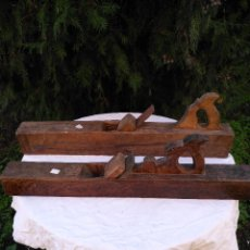 Antigüedades: ANTIGUO CEPILLO DE CARPINTERO DE MADERA. Lote 187723070