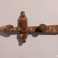 Antiquités: ANTIGUO PESTILLO DE HIERRO. Lote 188427571