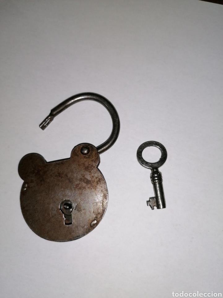 CANDADO PEQUEÑO ANTIGUO (Antigüedades - Técnicas - Cerrajería y Forja - Candados Antiguos)