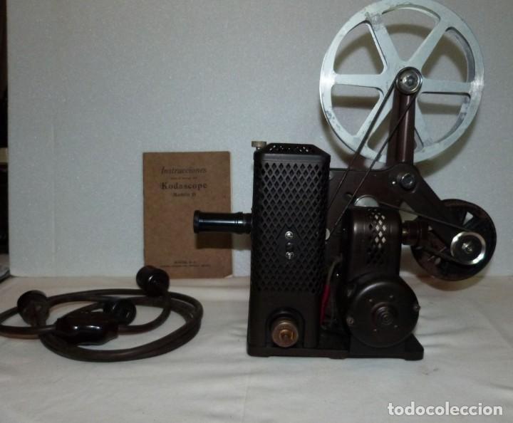 PROYECTOR DE CINE KODASCOPE MODEL D (Antigüedades - Técnicas - Aparatos de Cine Antiguo - Proyectores Antiguos)
