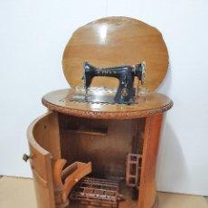 Antigüedades: MAQUINA DE COSER ALFA. Lote 188617165