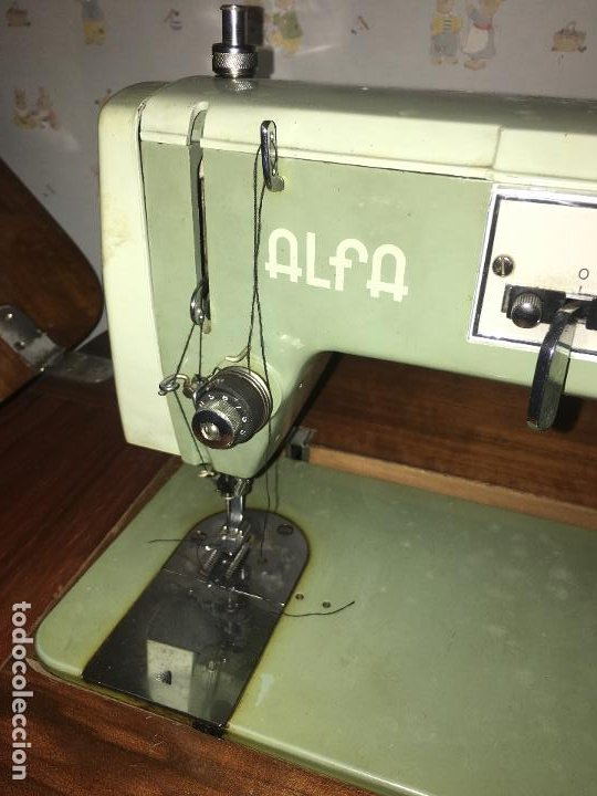 Antigüedades: maquina de coser ALFA de los años 60-70 - Foto 5 - 58599694